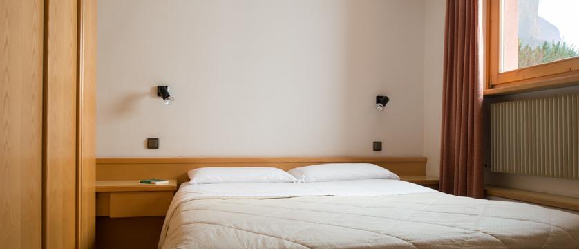 italy_dolomites_selva_residence-lores_bedroom.jpg